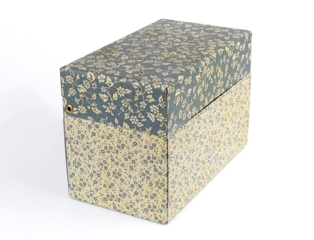 Potpourri Press Mini Tin Blue Ivory Contrast Floral